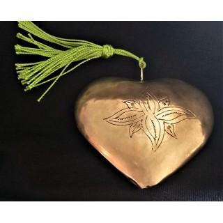 Coeur en maillechort gravé...