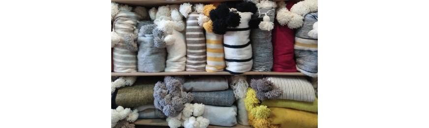 pompoms blankets